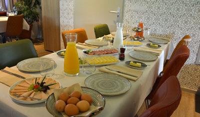 Lunch in Restaurant La Terra tijdens vergadering in Friesland